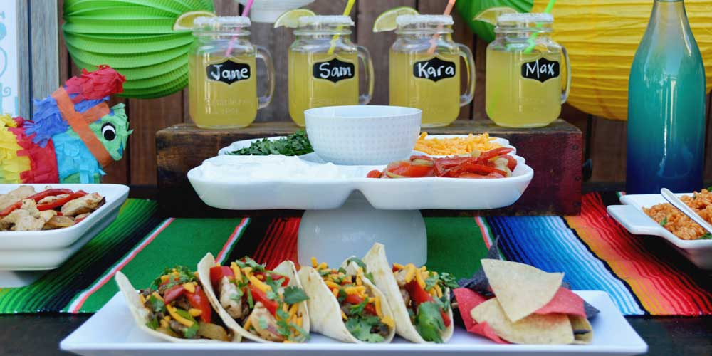 Taco cart catering buffet service with margaritas