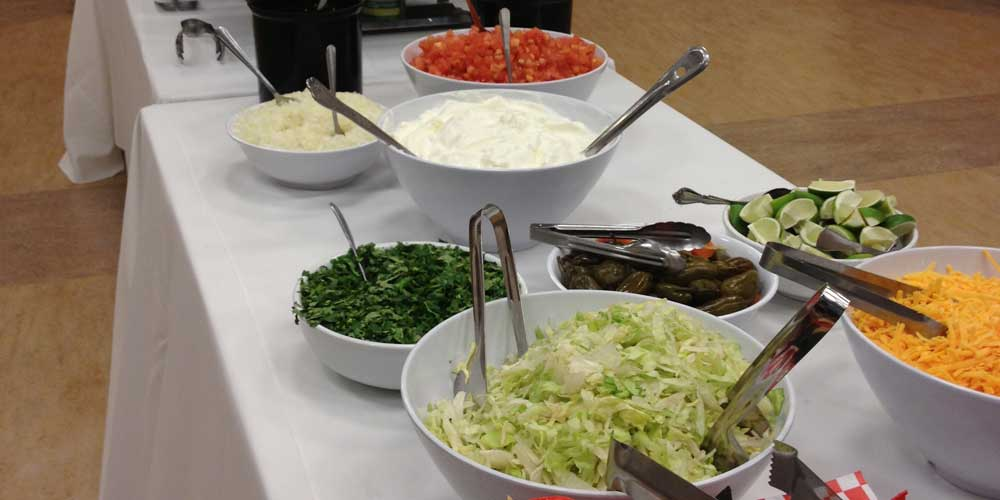 Taco salad buffet service
